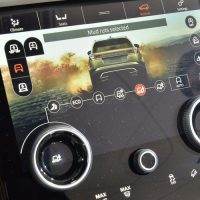 Land Rover Range Rover Velar is Evoque's stylish bigger brother8