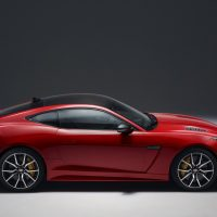 2018 Jaguar F-Type Photo Gallery3