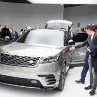 Range Rover Velar приедет на Неделю моды в Милан