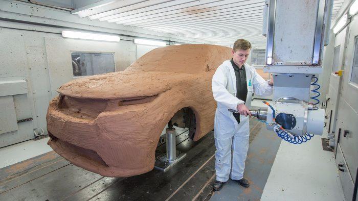 Видео о разработке Range Rover Velar